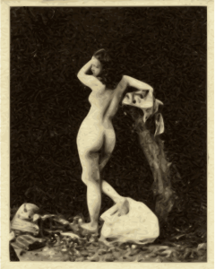 https://openclipart.org/image/300px/svg_to_png/268449/classicalart-woman-rear.png